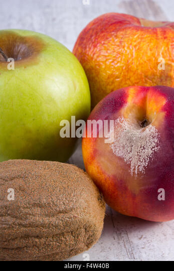 how to tell if a peach is rotten