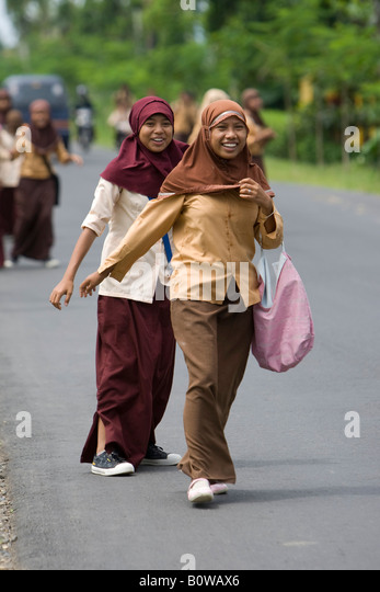 """mataram muslim girl personals 8 things to expect when dating a muslim girl hesse  a high proportion of muslim girls,  the only thing one needs to know about """"dating"""" a moslem women is."""