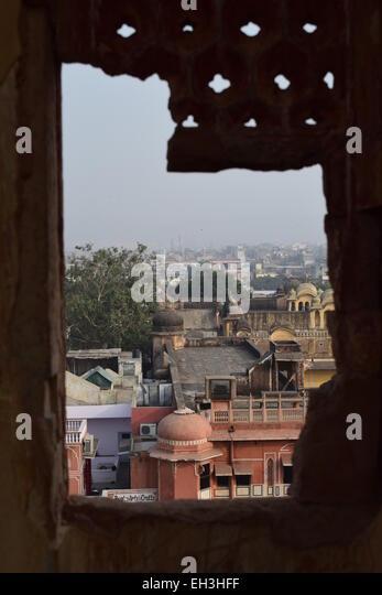 View over Jaipur from a broken window. - Stock-Bilder