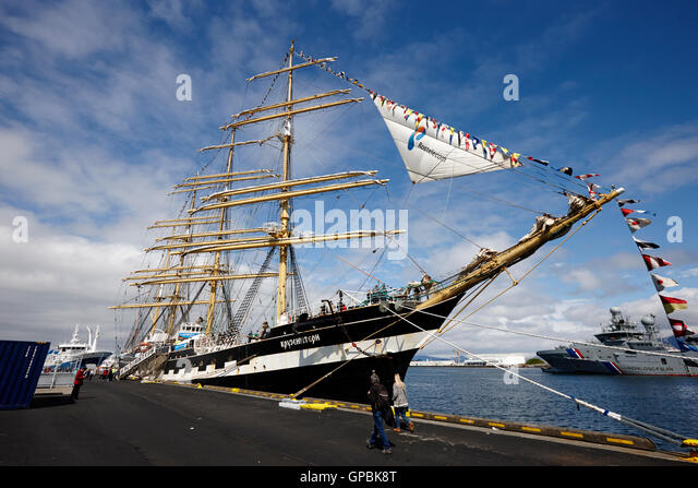 russian sailing ship kruzenshtern berthed in reykjavik Iceland - Stock Image