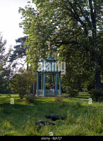 Jardin de bagatelle stock photos jardin de bagatelle for Bagatelle jardin paris