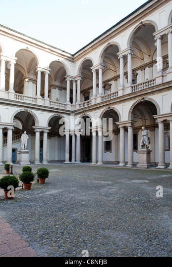 Brera district milan lombardy italy stock photos brera for Accademia di milano