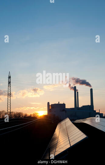 Solar park and Muenchen Nord combined heat and power station, Unterfoehring near Munich, Bavaria - Stock-Bilder