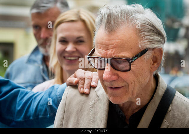 Karlovy Vary, Czech Republic. 9th July, 2015. U.S. actor Harvey Keitel pictured after his arrival to Grandhotel - Stock-Bilder