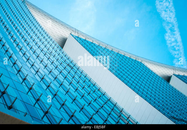 Modern architecture by the bay in Singapore - Stock-Bilder