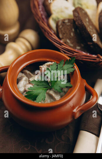 Garnish in cup of soup - Stock-Bilder