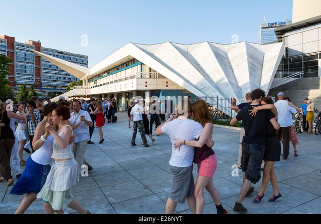 Berlin - Dancing In Berlin (Extended Version)