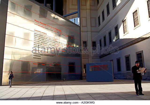 Public Art Museum Madrid Stock Photos & Public Art Museum Madrid Stock Im...