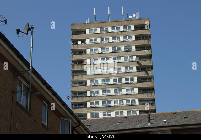 London, UK. 16th June, 2017 - Two tower block adjacent to Grenfell Tower block located in the borough of Kensington - Stock Image