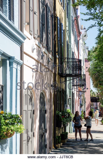 South Carolina Charleston SC historic district Rainbow Row Georgian rowhomes - Stock Image