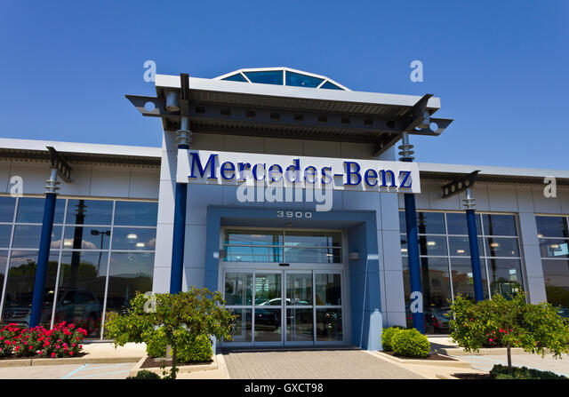 mercedes dealership stock photos mercedes dealership