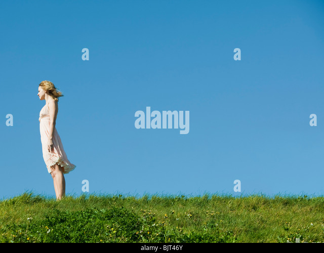 USA, California, San Francisco, young woman looking at view - Stock Image