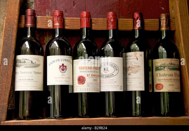 Bordeaux wine bottles - Grand Cru wine at the vineyard of Saint-Emilion, France - Stock Image