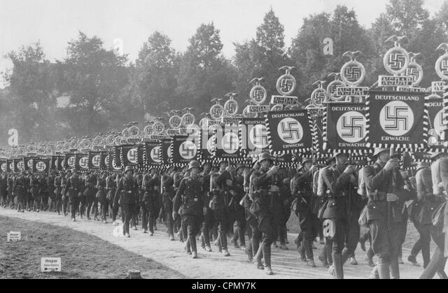 Parade of the standard bearers of the SS, 1936 - Stock-Bilder