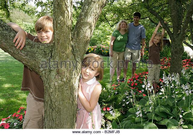 Indiana Valparaiso Ogden Gardens botanical flower garden flora horticulrue bloom man woman boy girl parent child - Stock Image