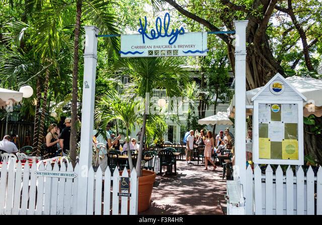 Kellys bar stock photos kellys bar stock images alamy - Pan am pool public swimming hours ...