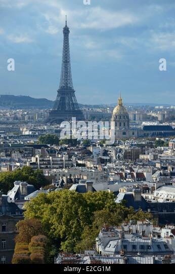 France, Paris, the Invalides and the Eiffel Tower in the background - Stock Image