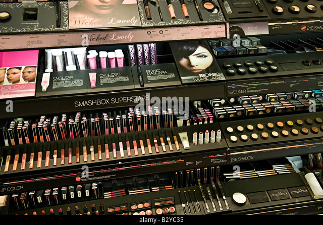 Mac cosmetics store moscow