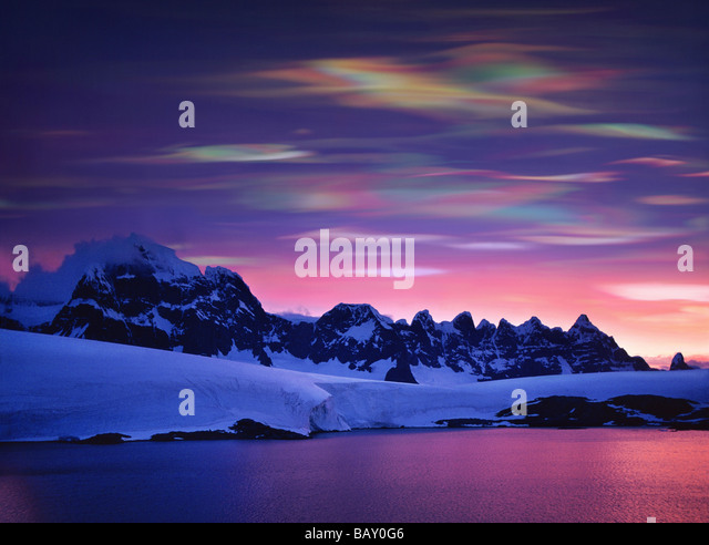 Pearl clouds, nacreous clouds, Polar Stratospheric Clouds, These clouds indicate global warming, Antarctic Peninsula, - Stock-Bilder