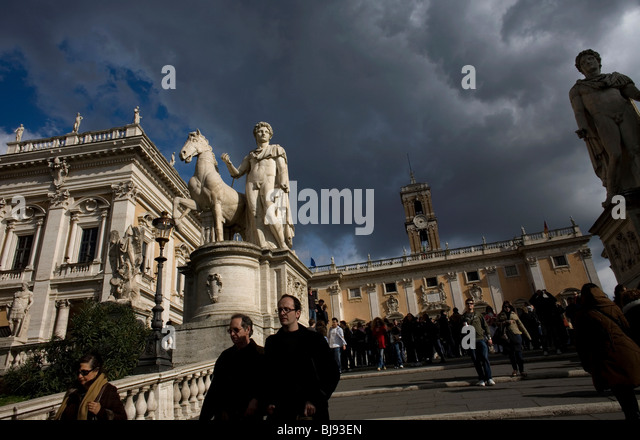 Statues of Castor and Pollux stand in the Piazza del Campidoglio square in Rome, March 8, 2008. Photo/Chico Sanchez - Stock Image
