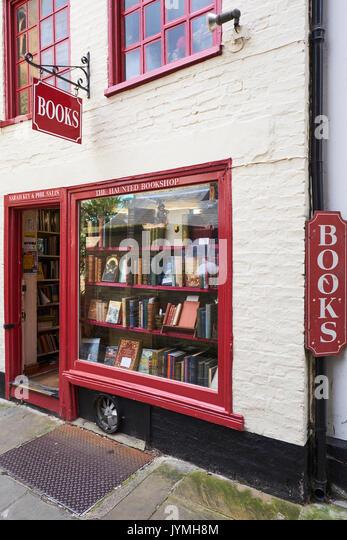 Sarah Key The Haunted Bookshop, St Edwards Passage, Cambridge, UK - Stock Image