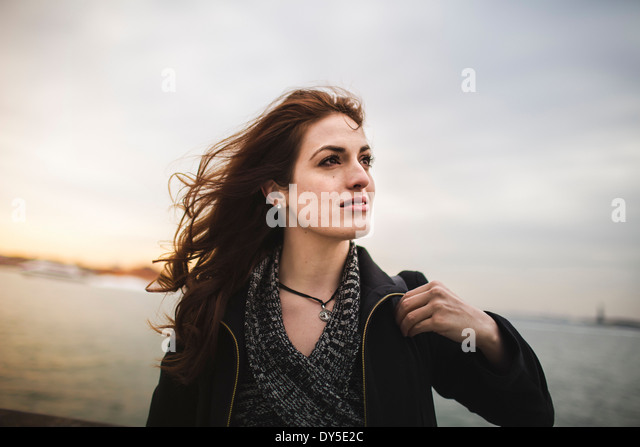 Young woman next to Hudson river, New York, USA - Stock Image