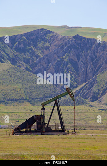 Oil Derricks, San Joaquin Valley, Kern County, California , USA - Stock-Bilder