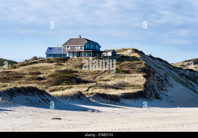 Oceanfront houses stock photos oceanfront houses stock for Cape cod beach homes