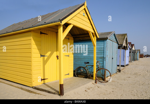 Yesteryear stock photos yesteryear stock images alamy for Model beach huts