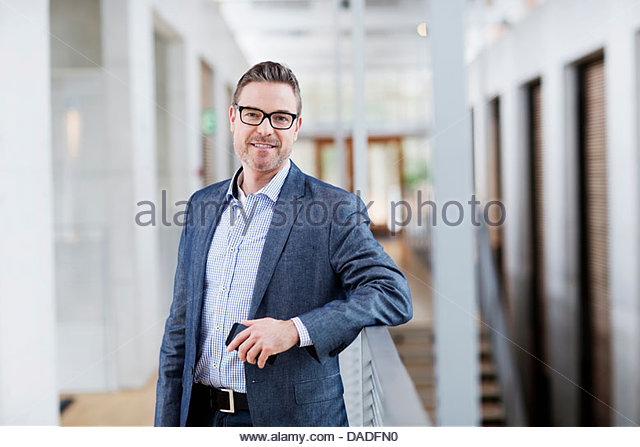 Man looking at camera - Stock Image