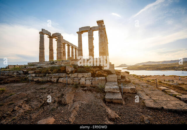 poseidon-temple-in-greece-er9dwd.jpg