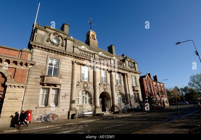 Municipal Buildings Crewe Cheshire England UK - Stock-Bilder