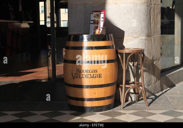 Barrel Bar Stock Photos Amp Barrel Bar Stock Images Alamy