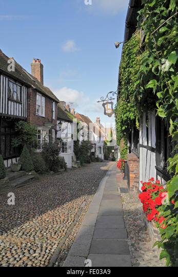 Early morning in Mermaid Street, Rye, East Sussex, England, UK - Stock Image
