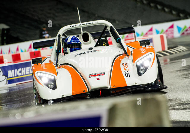 London, UK. 19th Nov, 2015. Reigning ROC Champion of Champions David Coulthard of Scotland drives during The Race - Stock Image