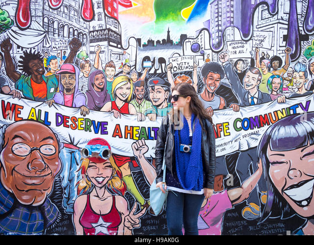 Outstanding street art wall murals on Clarion Alley in the Mission District of San Francisco, California. (2016). - Stock Image