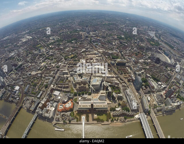 UK, London, Aerial view of city with Tate Modern - Stock Image