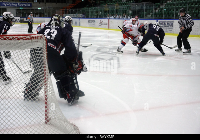 U18 ice-hockey game between USA and Russia. - Stock Image