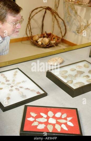 Alabama Troy Pioneer Museum of Alabama Native American exhibit arrowheads - Stock Image