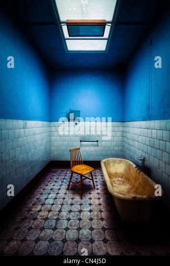 Decayed bathroom - Stock Image