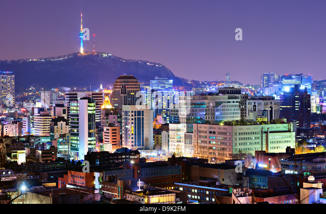 View of Seoul, South Korea at night. - Stock Image