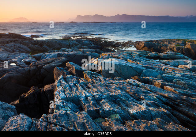 Summer sunrise at Runde island, Atlantic west coast, Møre og Romsdal, Norway. - Stock-Bilder