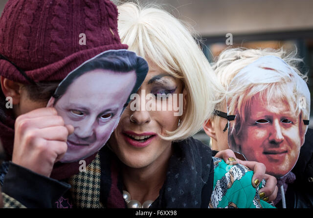 """London, UK. 21st November, 2015. """"No Borders No Bigots"""" LGBTI support for migrants protest and rally outside Home - Stock Image"""