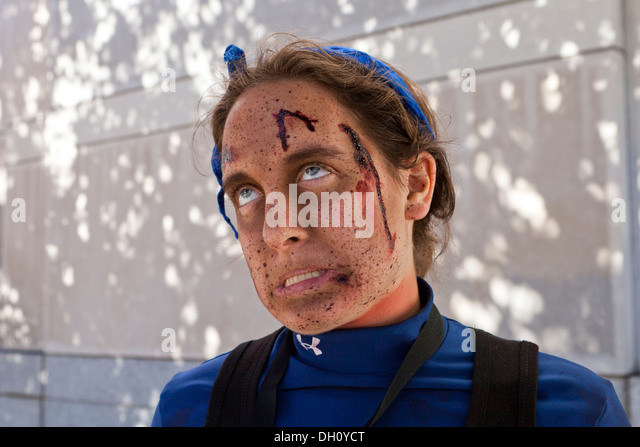 Young woman in zombie makeup - Stock Image