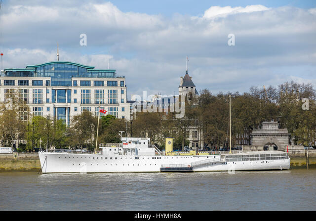 HQS Wellington, home of the Honourable Company of Master Mariners, Temple Stairs, Victoria Embankment, London WC2, - Stock Image
