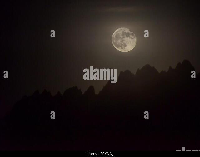 Full moon over the Organs - Stock Image