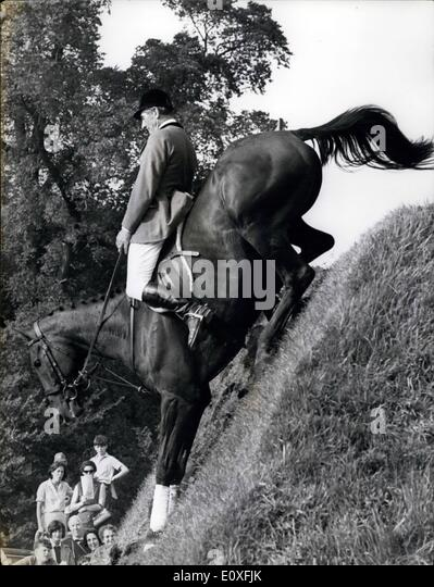 Sep. 09, 1966 - British Jumping Derby.: The classic Show Jumping Derby was held yesterday at Hickstead, Sussex. - Stock Image