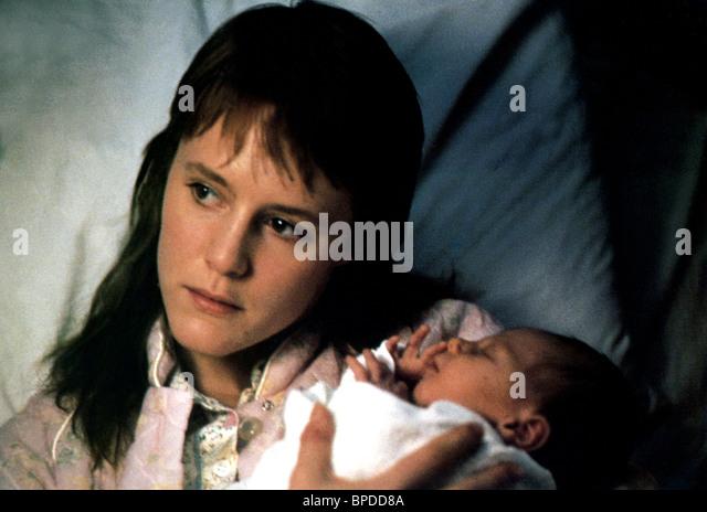 MARY STUART MASTERSON IMMEDIATE FAMILY (1989) - Stock Image