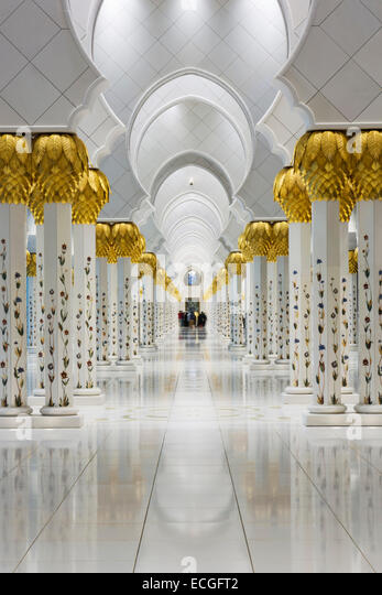 Columns In the Sheikh Zayed Grand Mosque, UAE - Stock Image
