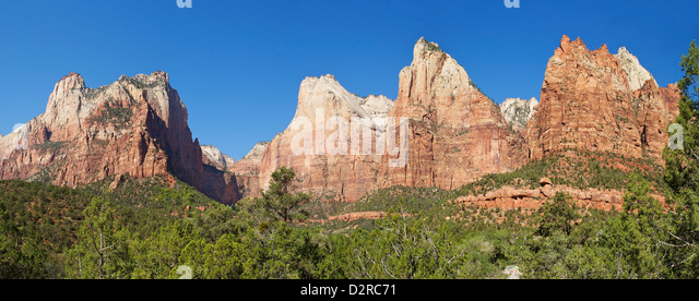 Panoramic photo of Court of the Patriarchs, Abraham Peak, Isaac Peak, Mount Moroni and Jacob Peak, Zion National - Stock Image